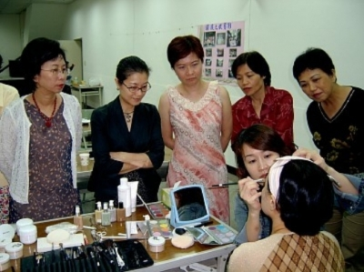 彩妝教學,第二專長,髮型教學,美姿美儀,接待禮儀,儀態,禮儀,形象顧問,服裝搭配