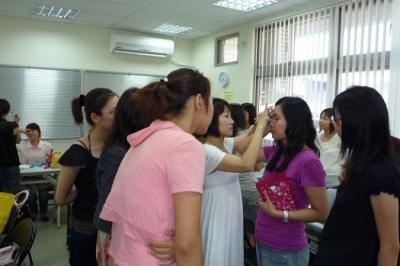 市政府,婦女扶助,彩妝教學,受暴婦女,婦女中心